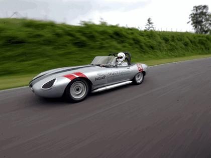 1963 Jaguar E-Type Select Edition Roadster Show Car #63 (2004 Season) 52