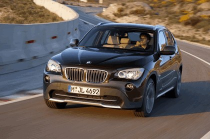 2009 BMW X1 11