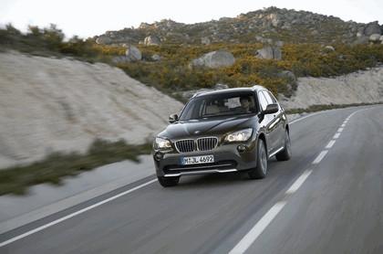 2009 BMW X1 13