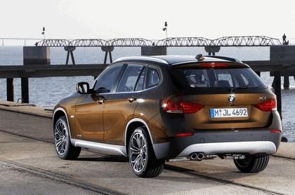 2009 BMW X1 18