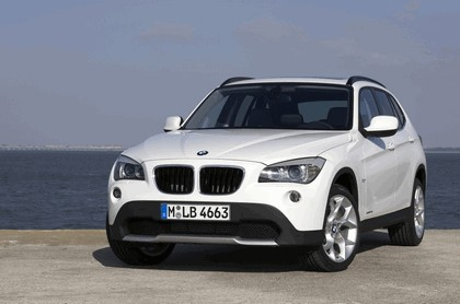 2009 BMW X1 101