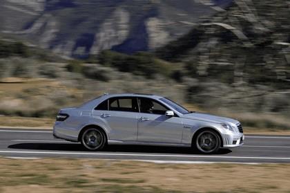 2009 Mercedes-Benz E63 AMG 17