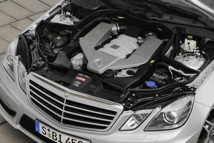 2009 Mercedes-Benz E63 AMG 30