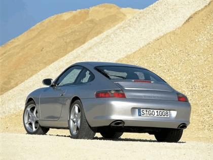 2003 Porsche 911 Carrera 4 2