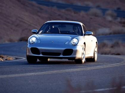 2003 Porsche 911 Carrera 4S 9