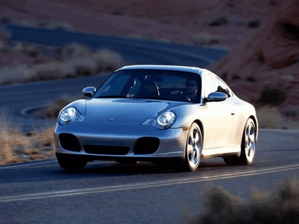 2003 Porsche 911 Carrera 4S 10