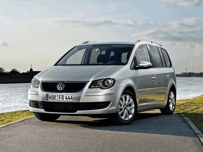 2009 Volkswagen Touran Freestyle 1