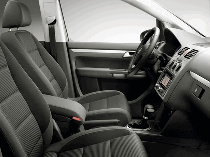 2009 Volkswagen Touran Freestyle 3
