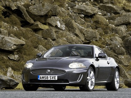 2009 Jaguar XK coupé - UK version 1