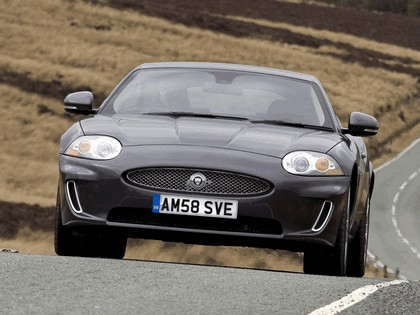 2009 Jaguar XK coupé - UK version 5