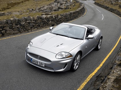 2009 Jaguar XKR convertible - UK version 3