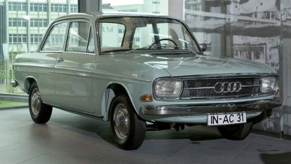 1967 Audi 60 2-door 9