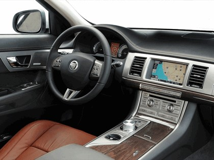 2009 Jaguar XF S diesel 16