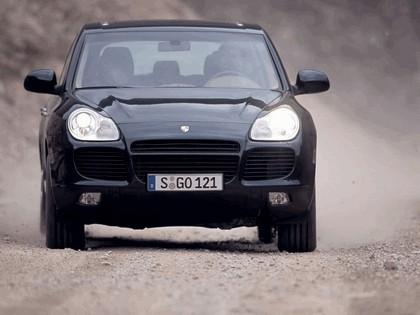 2003 Porsche Cayenne Turbo 4