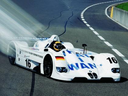 1999 BMW V12 LMR 3