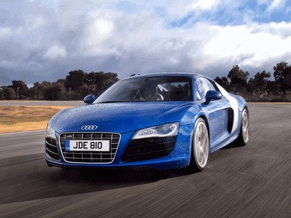 2009 Audi R8 V10 - UK version 4
