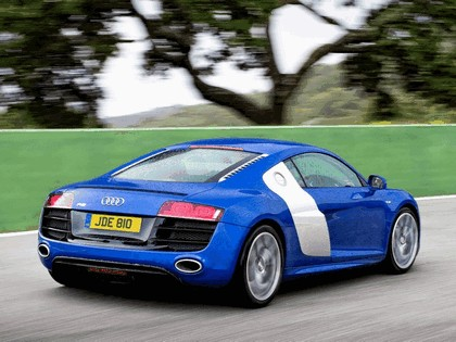 2009 Audi R8 V10 - UK version 7