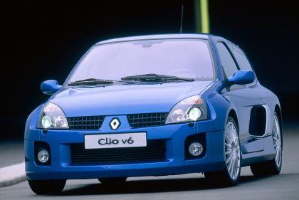 2003 Renault Clio V6 11