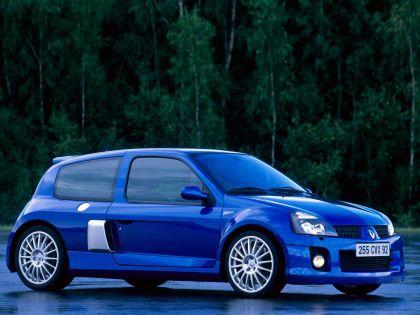 2003 Renault Clio V6 17