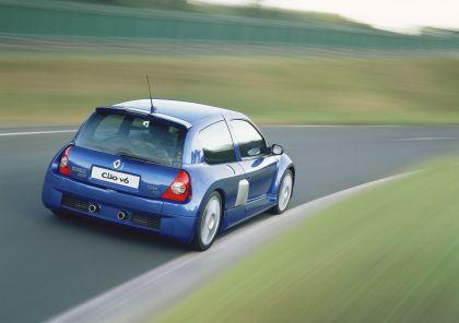 2003 Renault Clio V6 31