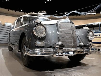 1960 Mercedes-Benz 300 Messwagen 2
