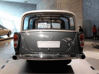1960 Mercedes-Benz 300 Messwagen 6