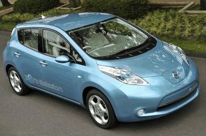 2009 Nissan Leaf 13