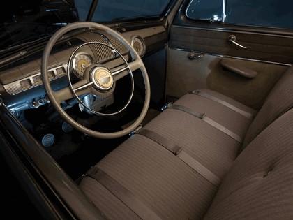 1947 Ford Super Deluxe Tudor sedan 3