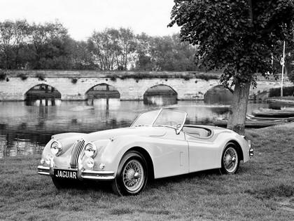 1954 Jaguar XK 140 roadster 3