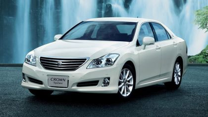 2008 Toyota Crown Royal saloon S200 9