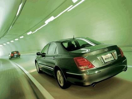 2004 Toyota Crown Majesta S180 3