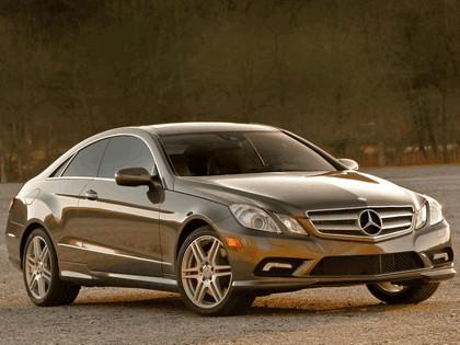 2009 Mercedes-Benz E350 ( C207 ) coupé - USA version 2