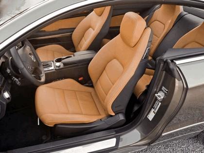 2009 Mercedes-Benz E350 ( C207 ) coupé - USA version 4