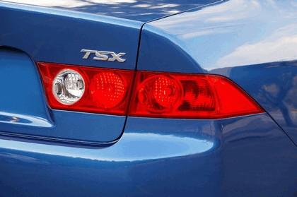 2004 Acura TSX 12