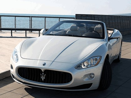 2009 Maserati GranCabrio 22