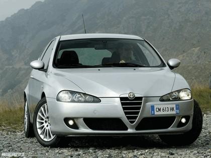 2004 Alfa Romeo 147 3-door 1