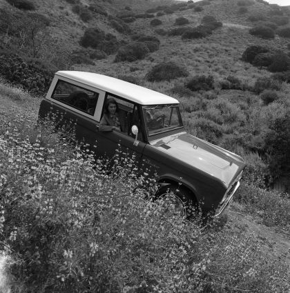 1966 Ford Bronco 17