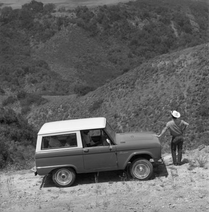 1966 Ford Bronco 25