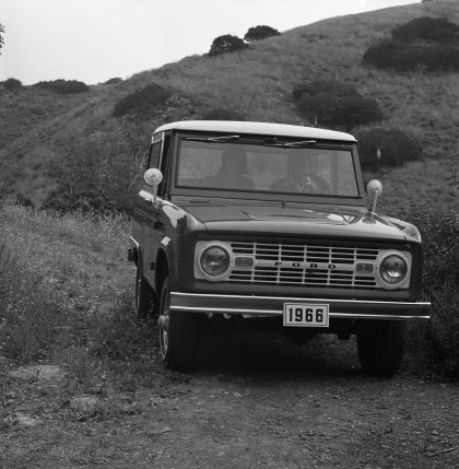 1966 Ford Bronco 30