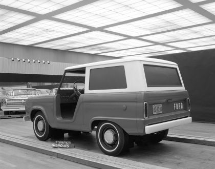 1966 Ford Bronco 42