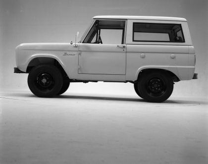 1966 Ford Bronco 47