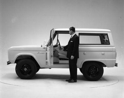 1966 Ford Bronco 52