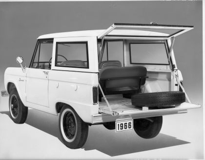 1966 Ford Bronco 74