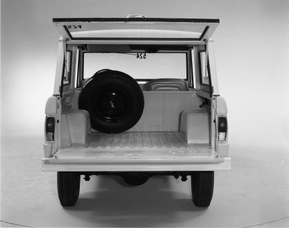 1966 Ford Bronco 76