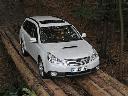 2009 Subaru Outback 2.0d 10