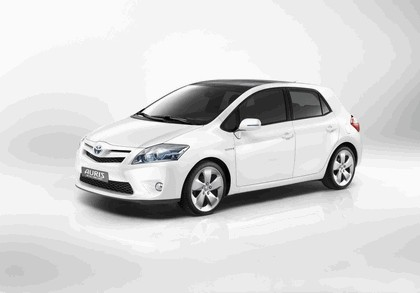 2009 Toyota Auris HSD full hybrid concept 1