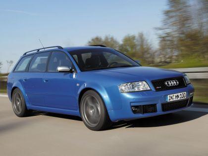 2004 Audi RS6 Avant 4