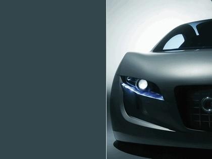 2004 Audi RSQ concept 11