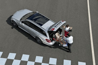 2009 Mercedes-Benz E63 AMG Estate 16