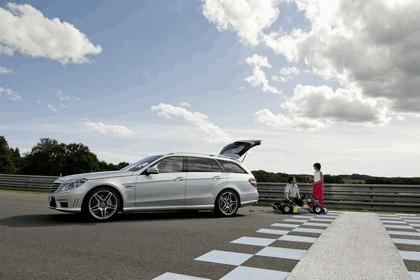 2009 Mercedes-Benz E63 AMG Estate 19